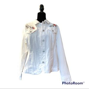 Charter Club Jean Shop White Jacket Embroidered flowers on shoulder. Size XL